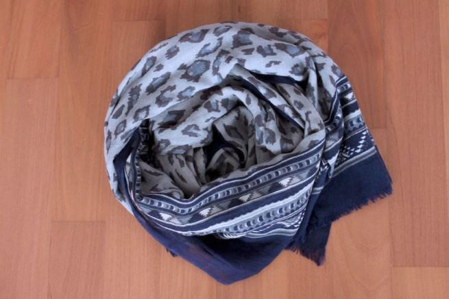 massimo dutti tribal scarf