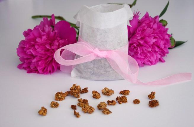 homemade almond granola