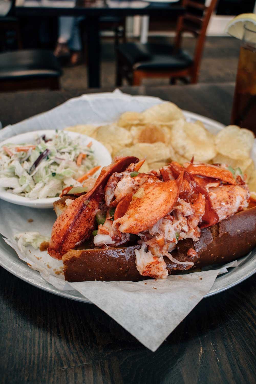 lobster-roll-half-moon-bay1