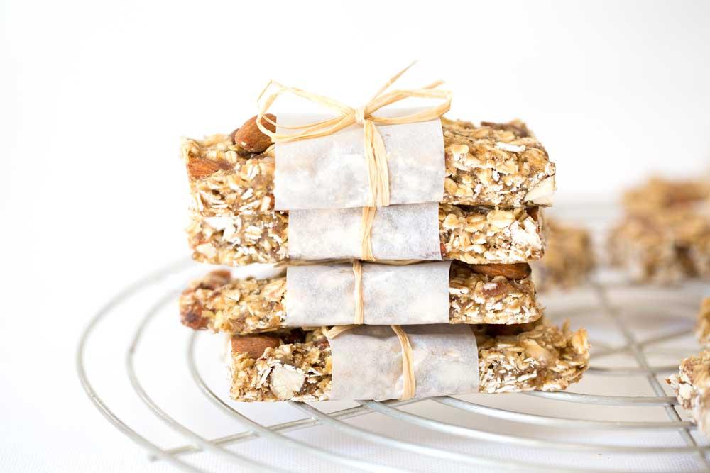 vanilla almond granola bars