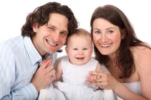 Box cadeau naissance Premiers Moments avec bébé - Famille heureuse