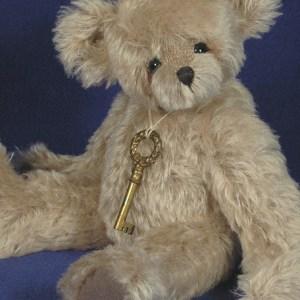 """Arthur - 12"""" Mohair Artist Teddy Bear Pattern"""