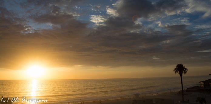 cropped-moonlight-beach-sunset-070.jpg