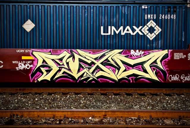 Pixo Graffiti