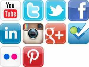 glossy-social-media-icons-vector-set_659063