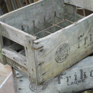 vieilles caisses en bois friken casier à bouteilles
