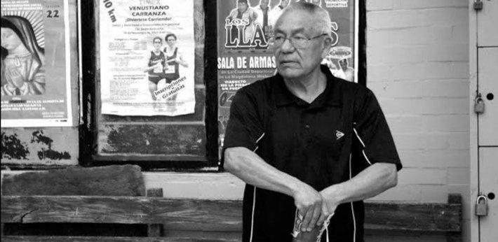 """Horas después, """"El Famoso"""" Gómez regresó por su propio pie a casa; desmienten lo del Alzheimer"""
