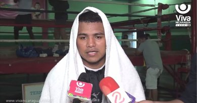 "#VIDEO / ""Chocolatito"" Vs. ""Gallo"" Estrada, atorada por ""detalles"""