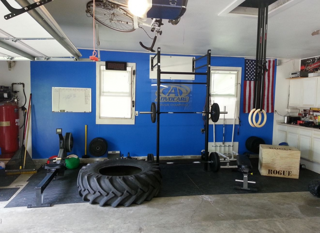 Awesome Crossfit garage gym