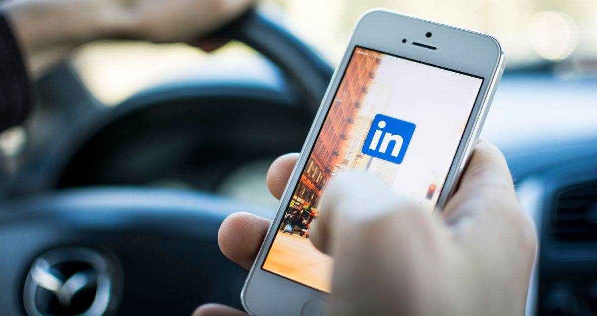 The Forgotten First Step to Building the Perfect LinkedIn Profile