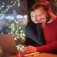 How To Connect with People Who Matter Most During The Holidays