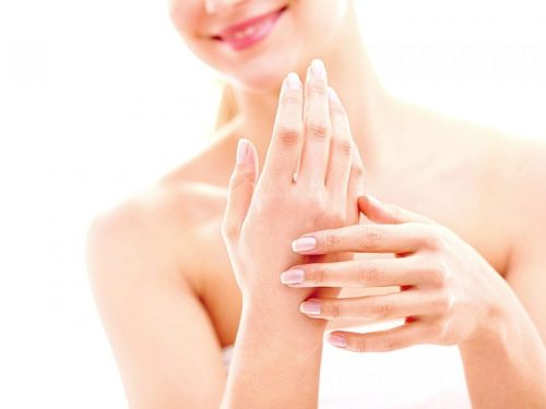 How to care for dry hands during a pandemic