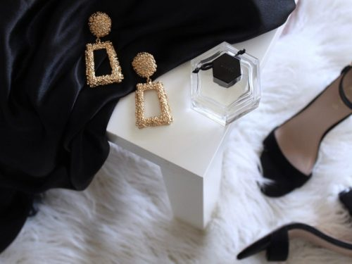 Essential Glamorous Fashion Items You Can Break Out at a Special Occasion