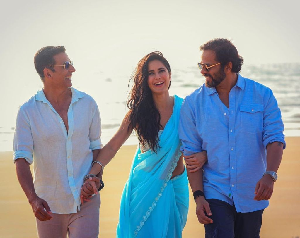 This Still Of Akshay Kumar, Katrina Kaif & Rohit Shetty From The Sets Of SOORYAVANSHI Is Making Us More Curious!