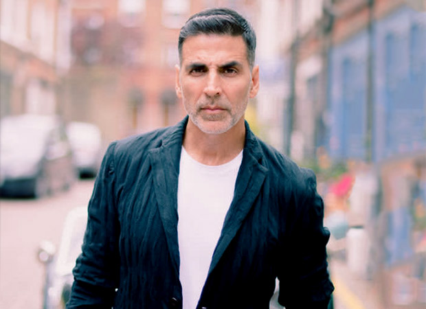 Akshay Kumar Dismisses The Fake News About Him Flying Sister and Her Family Amid Lockdown