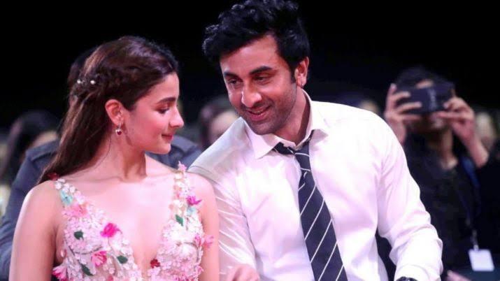 Alia Bhatt And Ranbir Kapoor To Finally Tie A Knot In December?