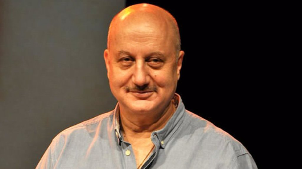 Twitterati Trend 'Anupam Kher' As The Actor Announces His Dream Project!