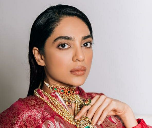 """""""It's hard to ignore the truth of migrants on streets, very convenient to forget how privileged we all are"""", Expresses Sobhita Dhulipala"""