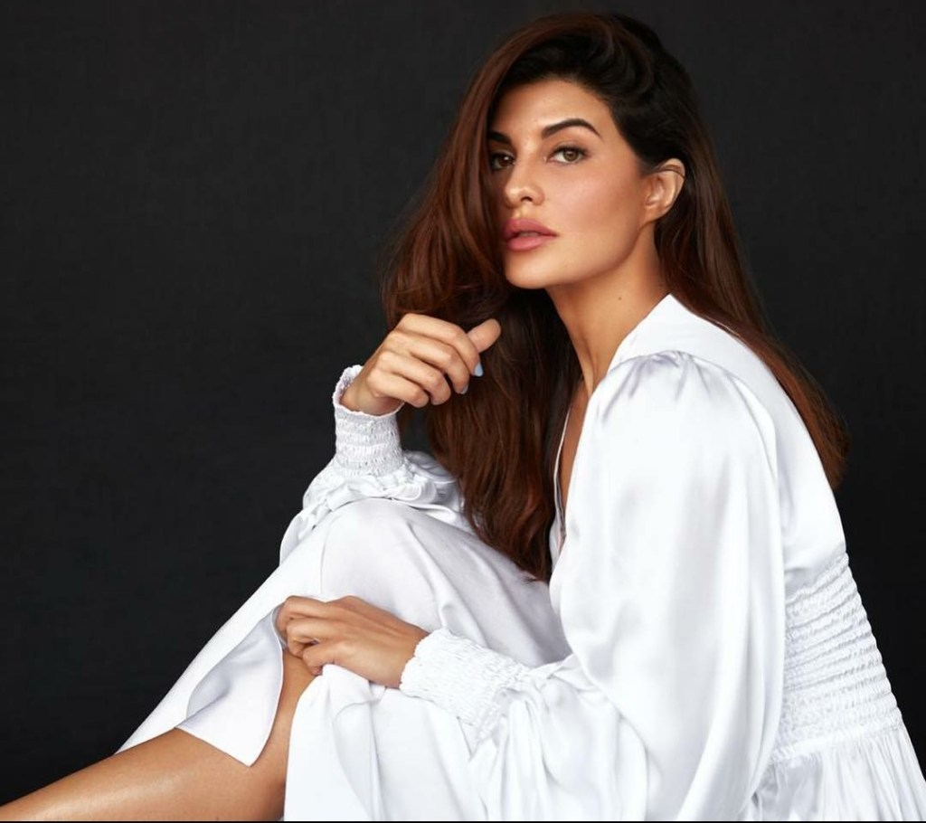 """If you don't have any equipment, Yoga is one of the best things you can do for yourself"", Says Jacqueline Fernandez"
