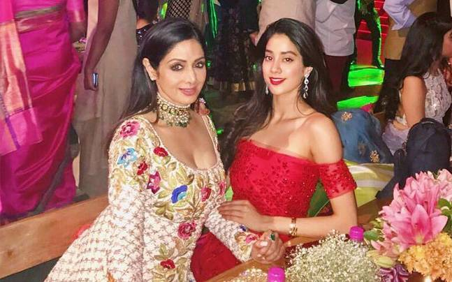 Janhvi Kapoor Posts A Throwback Picture With Mom Sridevi On Her Birthday Today