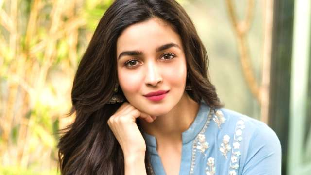 Alia Bhatt To Sing Her Songs In The Hindi Version Of SS Rajamouli's RRR