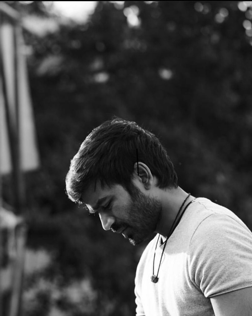 Atrangi Re: Dhanush Shares A Candid Picture From The Sets Of The Film