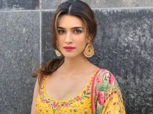 Mimi: Kriti Sanon To Shoot For A Lavni Dance Number Composed By AR Rahman By The End Of December