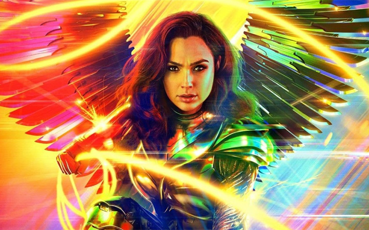 WONDER WOMAN 1984 Review: Gal Gadot Brings Yet Another Success