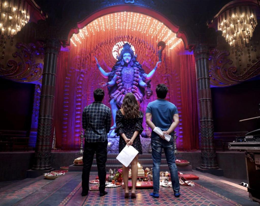 Alia Bhatt Shares A Special Sneak Peak Into The World Of The Much Awaited Multi-starrer Brahmāstra