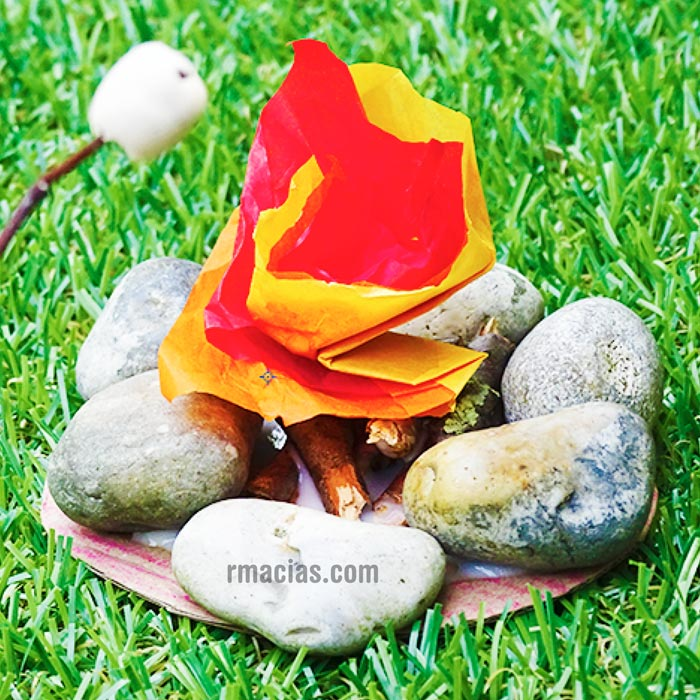 Easy Kids campfire craft by Box of Ideas