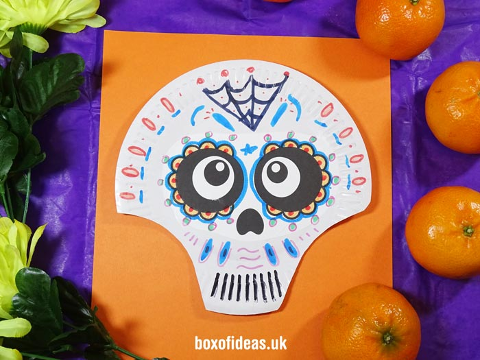 Catrina Paper Plate skulls to make with kids for Day of the Dead #dayofthedead # & Day of the Dead Skulls with Paper Plates | Box of Ideas