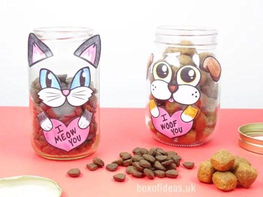 Dog and Cat Valentine's Treat Jar #valentines #dog #cat #treats #jar