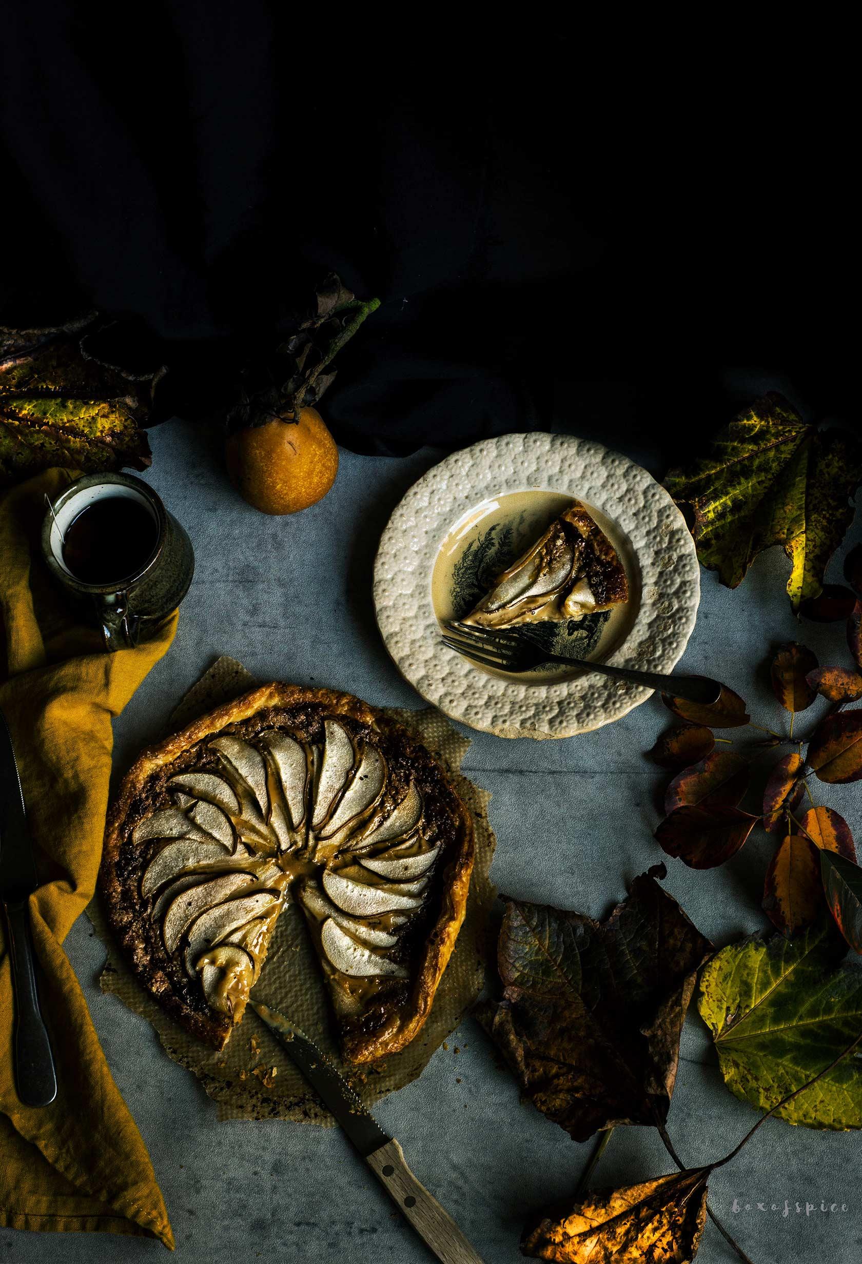Cardamom Dulce de Leche Pear Tart I Boxofspice