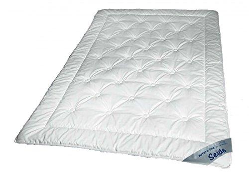 Sommer Steppbett 135 x 200 - 100% naturbelassene Tussah Seide (400g) - Extra leichte Waldenburger Bettdecke mit Baumwoll Bezug