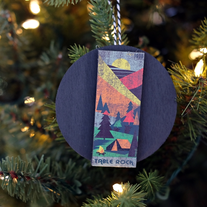 make souvenir ornaments from magnets collected from your travels. Easy and inexpensive DIY project!