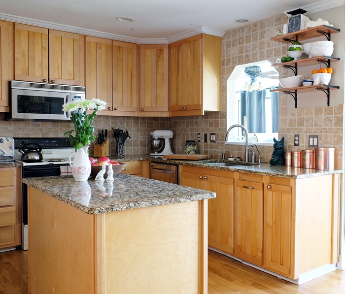 Boxy Colonial Spring Home Tour: kitchen