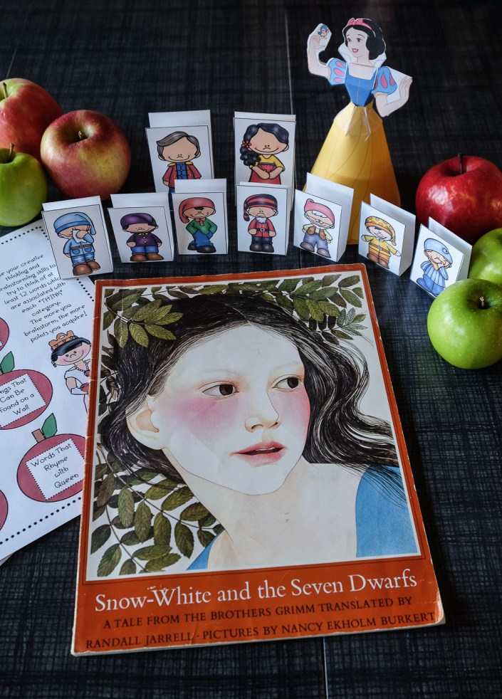 Snow White and the Seven Dwarfs movie theme night