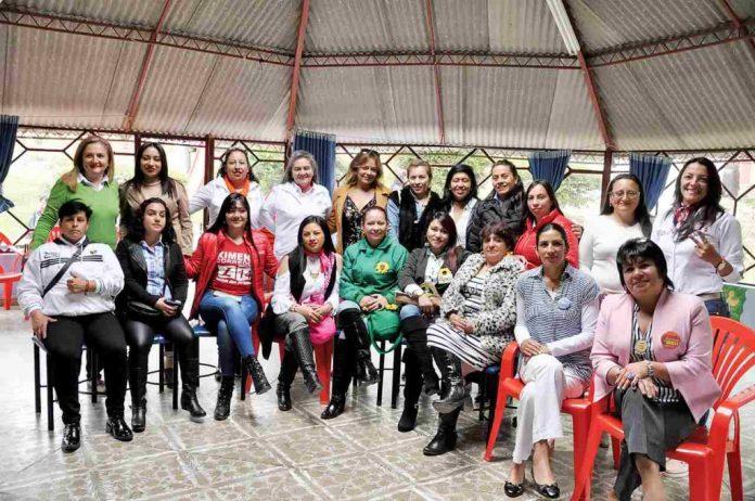 Mujeres lideres en politica