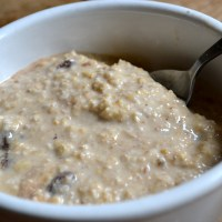 Overnight Oats: Banana and Raisin