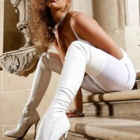 Sexy Babes Love Their Sexy Boots (Hotties Wear Boots)