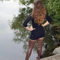 Sexy Babes Wear Their Sexy Boots (Hotties Love Boots)