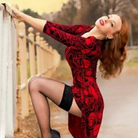 Gorgeously Stunning Curvaceous Ladies In Red And Black