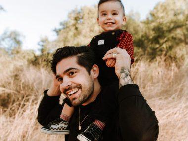 Jungen lernen durch Nachahmung, Vater als Vorbild, wie Kinder lernen