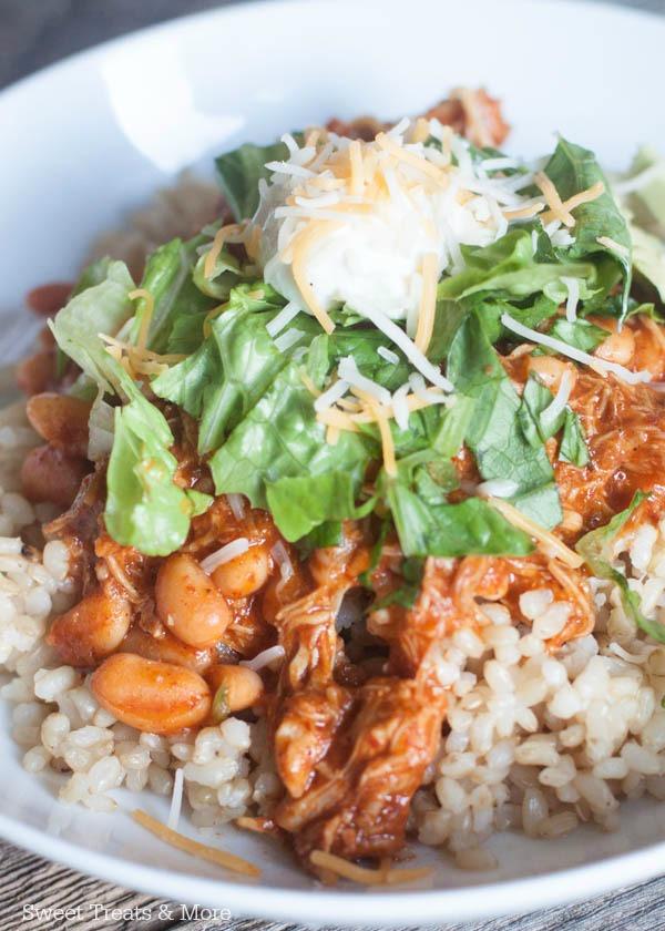 https://i1.wp.com/boysahoy.com/wp-content/uploads/2015/03/easy-chicken-enchilada-rice-bowl-recipe-one-1.jpg
