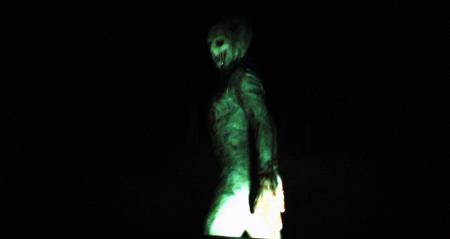 encounter alien smaller