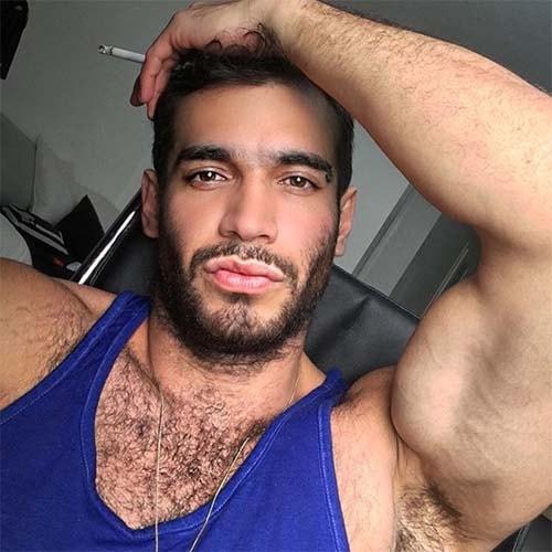 homem instagram peito peludo