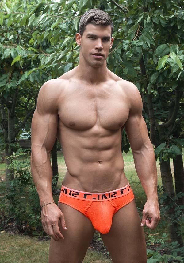 best gay muscle Kris Evans love underwear