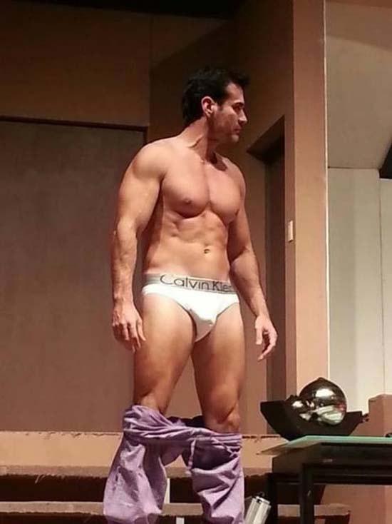 david-zepeda-naked cueca branca marcando