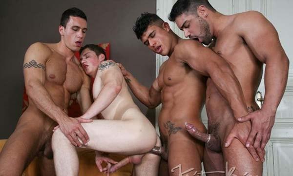 Wagner Vittoria, Diego Lauzen, Radim Hajek, Lukas Pribyl sexo gay machos sarados