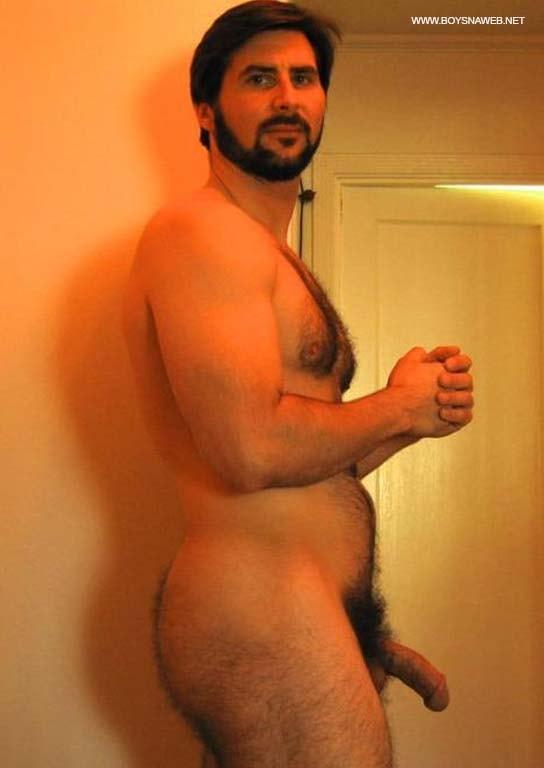 urso pau pequeno macho ao natural adoradores de pelo gay amador-min